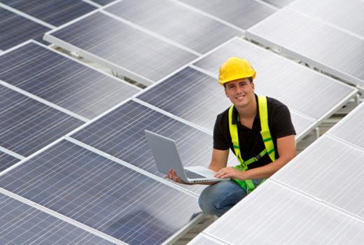 Solarbrush for Solar Panels: German Teen Solves Maintenance Issues