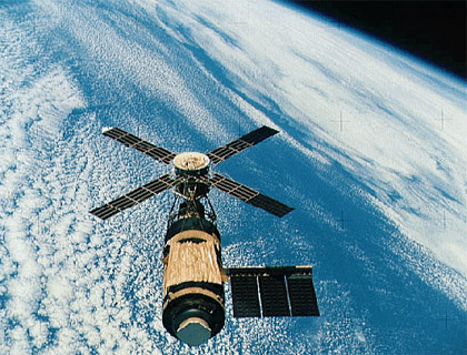 Photo Credit: NASA|Skylab above the Earth as seen during the Skylab 4 mission.